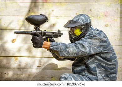 Cool headshot in paintball game