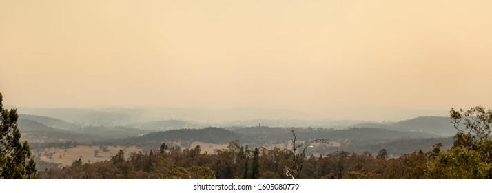 Cooma, Australia 2019-12-30 Australian bushfire: Panoramic view of Cooma,NSW covered with smoke haze from bushfires. Unhealthy air conditions.
