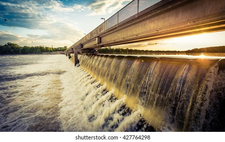 Coon Rapids Dam on the Upper Mississippi River