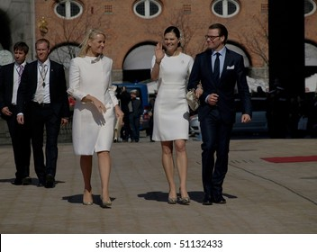 COPENHAGEN - APR 16: Princess Mette-Marit of Norway and Princess Victoria of Sweden visit Copenhagen for the celebration of the Queen's 70th birthday with other European Royals on April 16, 2010 in Copenhagen.