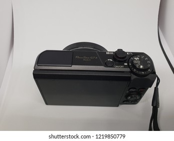 "COPENHAGEN, DENMARK - Novomber 03,2018: Photo of Canon 	Canon PowerShot G7 X Mark II Digital Camera 20.1MP 1"" CMOS Sensor and DIGIC 7 Image Processor  4.2x Optical Zoom Lens and Intelligent IS."