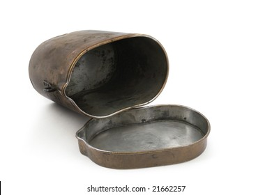Copper pot of Russian soldiers during WWI (1914-1918).