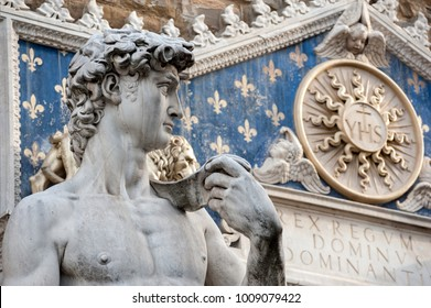 Copy of Michelangelo's David, at the entrance of the Palazzo Vecchio; the original, sculpted abuot 1501, by Michelangelo is housed in the Gallery of the Academy of Fine Arts.
