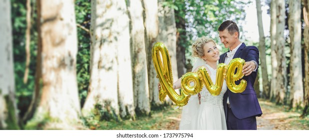 copyscape love - beautiful bride and groom in the nature