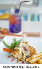 Cordon bleu speciality (rolls with chicken breast, ham and cheddar cheese)