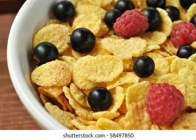 Corn flake with berries