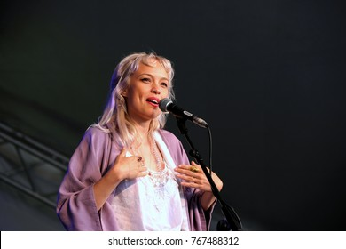 Cornbury Festival - July 8th 2017: Alaskan born singer songwriter Kate Earl  aka Earl performing at Cornbury Festival, Great Tew, Chipping Norton, Oxfordshire, July 8, 2017 in Oxfordshire, UK