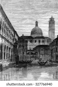 A corner of Grand Canal in Venice, vintage engraved illustration. Magasin Pittoresque 1867.