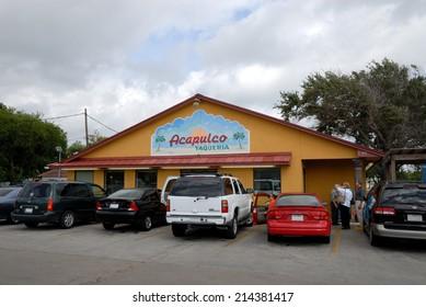 CORPUS CHRISTI, USA - OCT 12: Mexican Restaurant Taqueria Acapulco in Corpus Christi. October 12, 2008 in Corpus Christi, Texas, USA