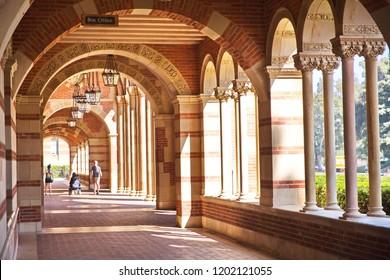 corridoor outside UCLA library