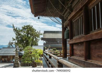 The corridor of the main hall in Zenko-ji temple