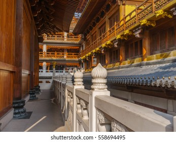 The corridor in Shanghai Jingan temple.