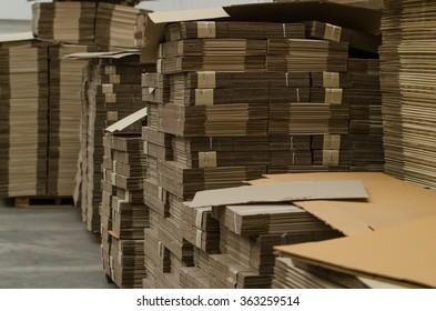 Corrugated cardboard useful as a
