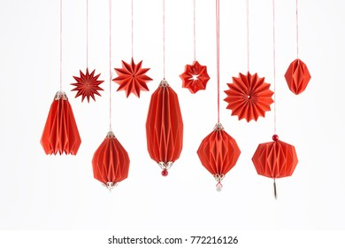 Corrugated paper balls and stars for the Christmas tree, structural design