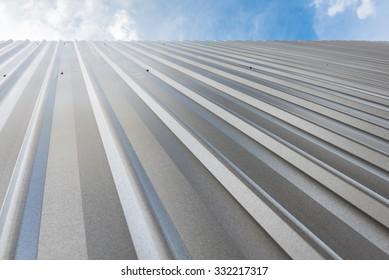 corrugated sheet metal, reflecting light