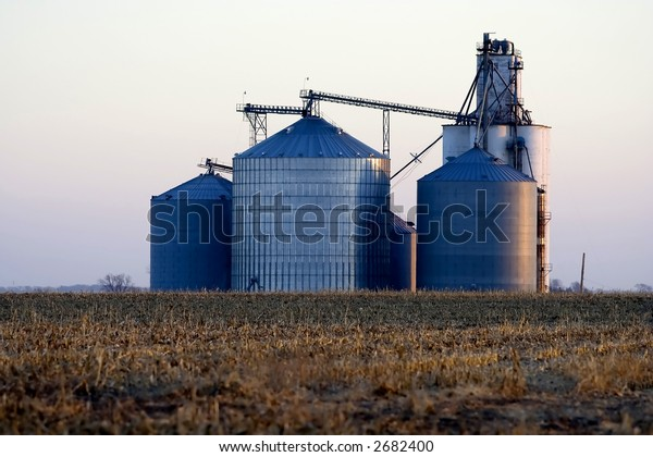 Corrugated steel grain elevator located in Logan County near Lincoln, Illinois in Midwest United States.