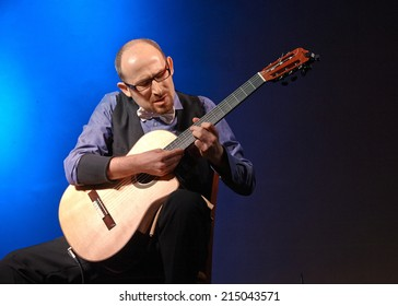 """CORTEFRANCA,ITALY - AUGUST 28:  exhibition live of  italian guitar palyer Matteo Minozzi of  italian guitar duo  """" Bruskers """" at event """"Acoustic Franciacorta 2014"""",28 August ,2014 in Cortefranca,Italy"""