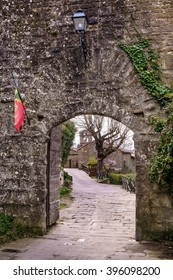 Cortona is one of the most ancient Etruscan town and given the elevated position 600 s.l.m. It enjoys a wonderful view over the whole Valdichiana