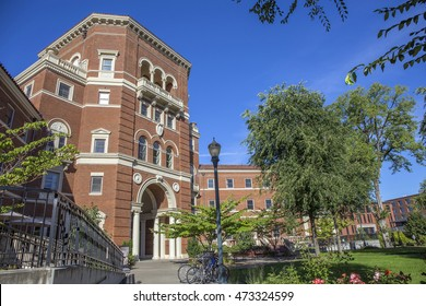 Corvallis, OR, USA - August, 22, 2016: Weatherford Hall is one of two homes to the College of Business Living-Learning Community (LLC) known as Innovation Nation at Oregon State University.