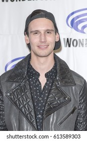 Cory Michael Smith attends Gotham press room at Wondercon in Anaheim Convention Center on April 2 2017.