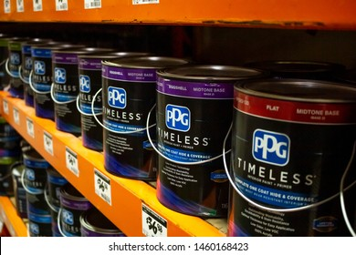 Imagenes Fotos De Stock Y Vectores Sobre Paint Store
