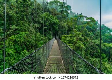 costa rica volcano arenal hanging bridge