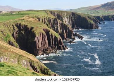 a costline in Ireland, Dingle peninsula