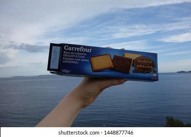 Biscuits Supermarket Images, Stock Photos & Vectors