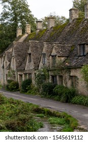 Cotswold is the best of district for travel in UK.