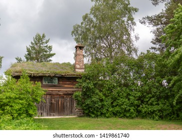 Cottage with grass roof in Dalarna Sweden