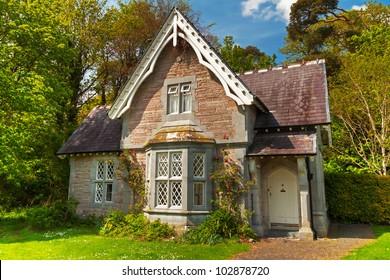 Cottage house in Killarney National Park, Ireland