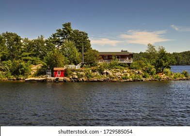 Cottage on a rocky point in Georgian Bay, Ontario