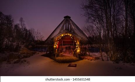 Cottage Sami in Tromso camping