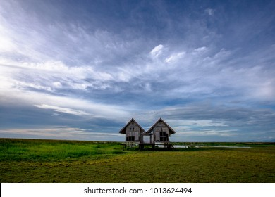 Cottage with sunset , Hovel with sunset talaynoi Pattalung, Thailand