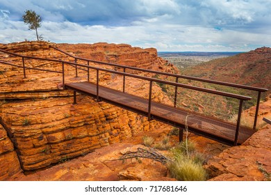 Cotteril's Bridge crosses a deep crevice providing access to spectacular views from the north wall, Kings Canyon, Northern Territory, Australia