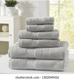 Cotton Towel Set with beautiful dobby border.