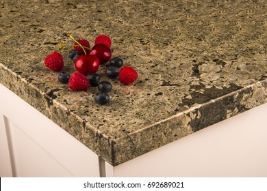 counter, kitchen granite with fruits on it