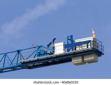 counterbalance end of a construction crane