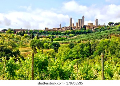 Countryside of Tuscany towards the medieval town of San Gimignano, Italy