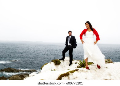 Groom´s couple dating on the beach