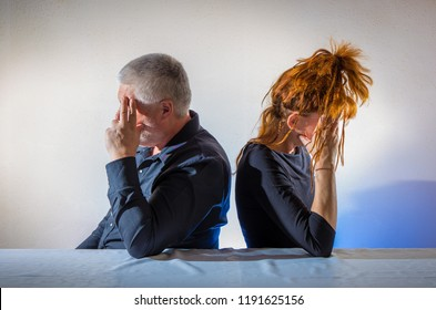a couple does not speak to each other