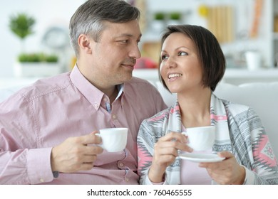 couple is drinking tea together