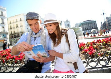 Couple in la Puerta del Sol of Madrid