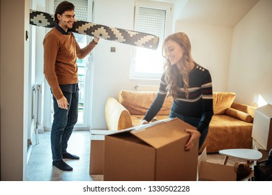 Couple is moving into new apartment