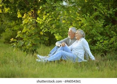 couple sitting   in the park