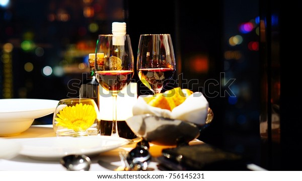 glass dating