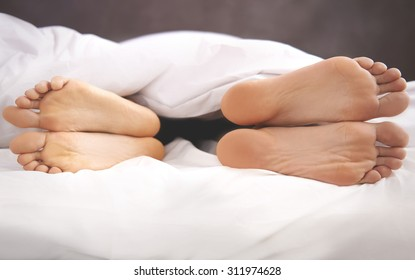 Couple's problems in the bed
