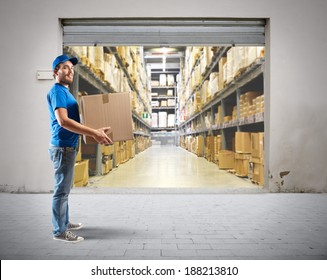 Courier to work in the warehouse logistics