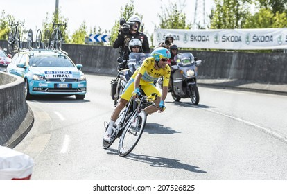 COURSAC,FRANCE-JUL 26: Vincenzo Nibali ( Astana) wears the Yellow Jersey in the stage 20 ( time trial Bergerac - Perigueux) of Le Tour de France on July 26, 2014. Nibali won this edition of the race.