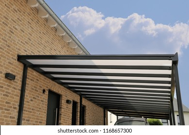 Courtyard canopy with glass